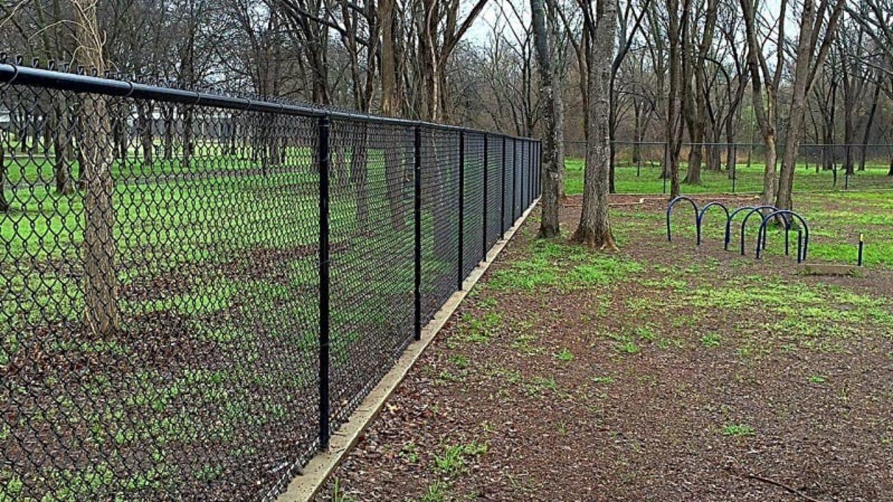 How Much Does a Chain Link Fence Cost?